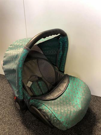 Autosedačka Baby Merc 55
