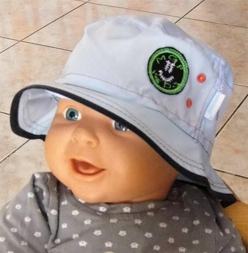 Bavlněný kojenecký klobouček - modrý