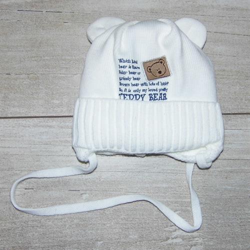 pletená čepiče s s oušky - bílá
