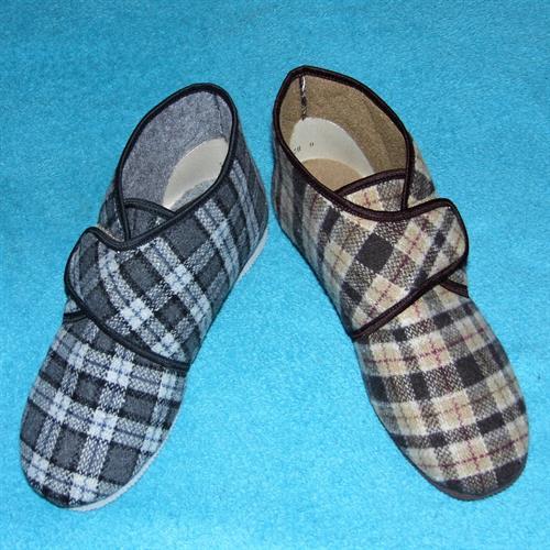 """domácí obuv - pánské """"důchodky""""na suchý zip"""