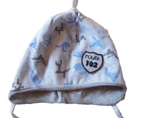 Kojenecká chlapecká čepice route - bílá
