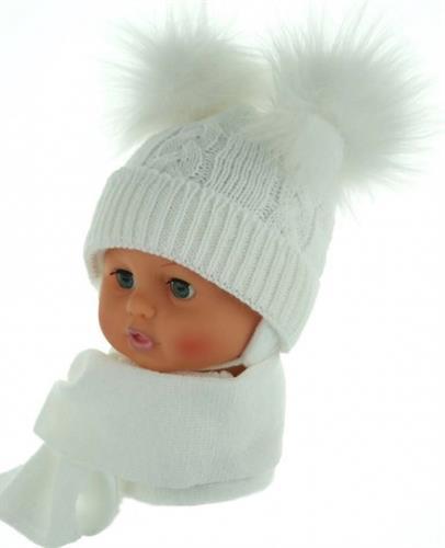 zimní čepice se šálkou - bílá