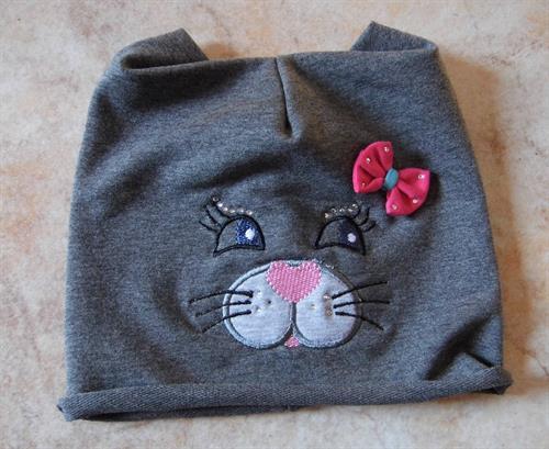 Bavlněná dívčí čepička - kočička