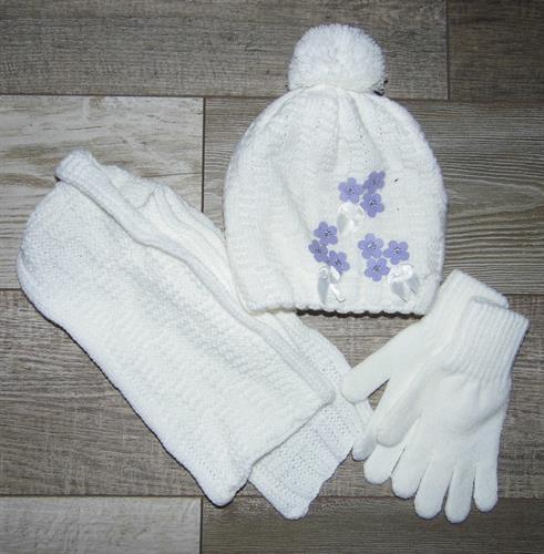 Dívčí zimní čepice se šálou a rukavicemi