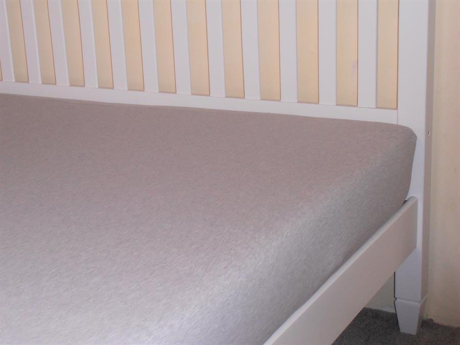 Jerseyové napínací prostěradlo dvoulůžko 180x200 bar.melír šedý