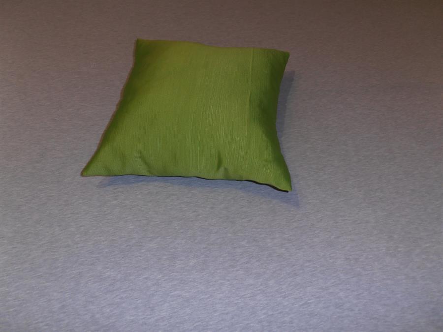 Dekorační polštářek 40x40 zelený