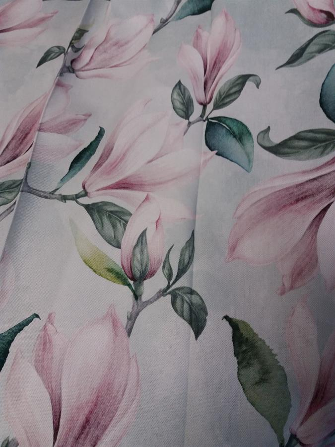 Bavlněný ubrus 140x140  ,,Magnolia 84 ,,