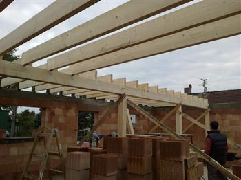 4 montáž dřevěného stropu