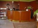 místo dodání: Chomutov, hotel Royal