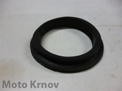 guma přední masky - oválná s prolisem ( Pérák )