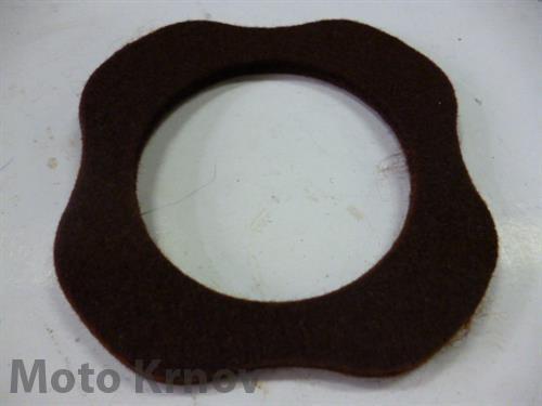 filc pod víčko nádrže - hnědý ( ČZ, BAB )